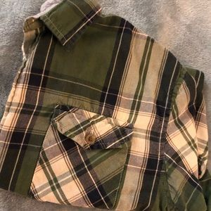 Green&White Plaid Long Sleeve Button Up
